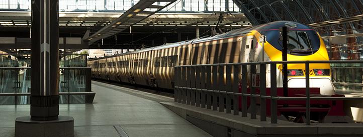 heathfield-heffle-taxis-train-station